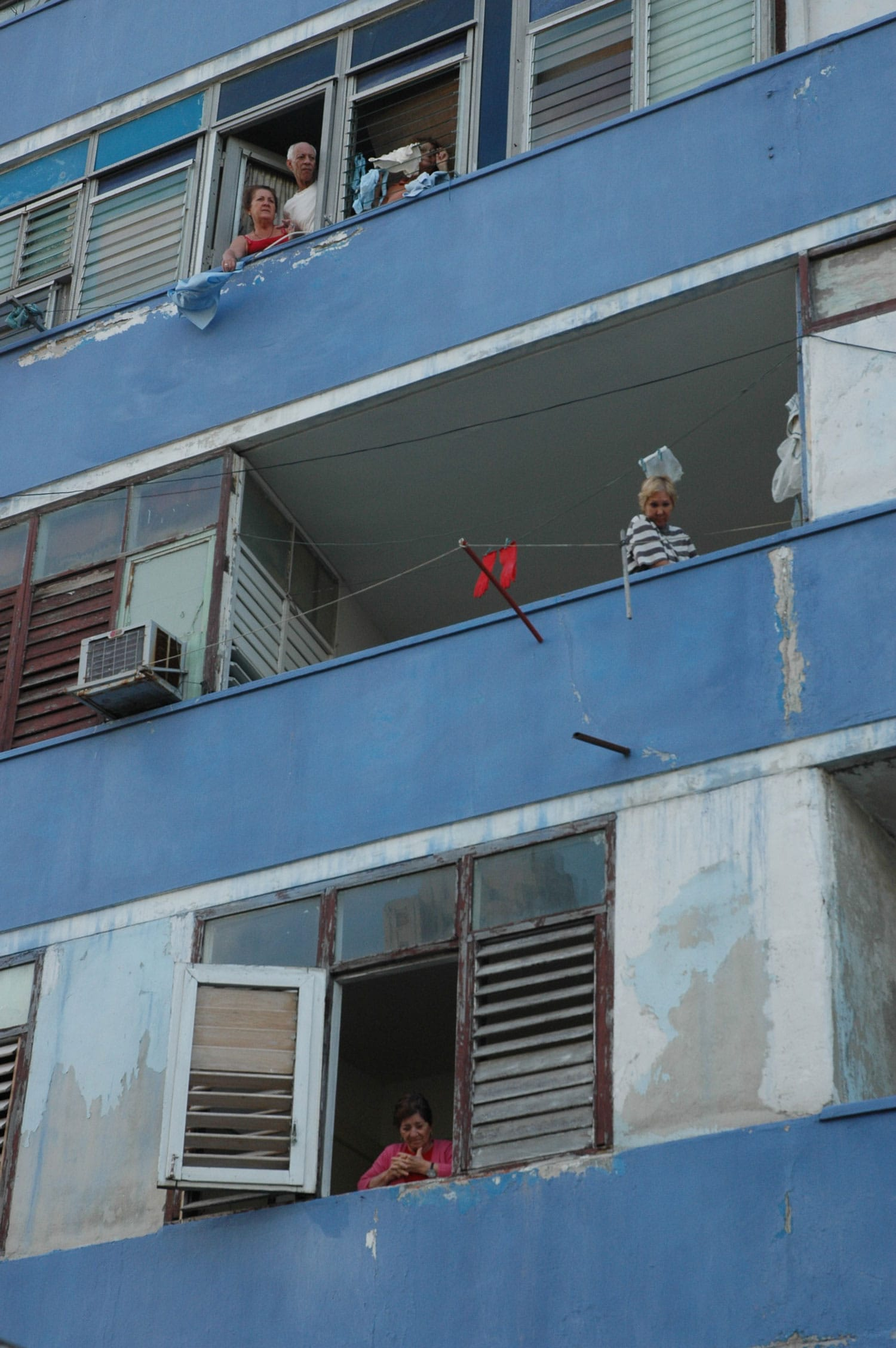 Apartment building in Havana (Gabriel Frye-Behar)